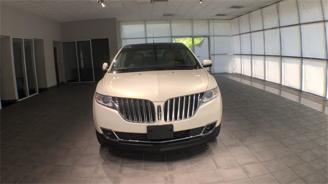Pre-Owned 2013 Lincoln MKX Base
