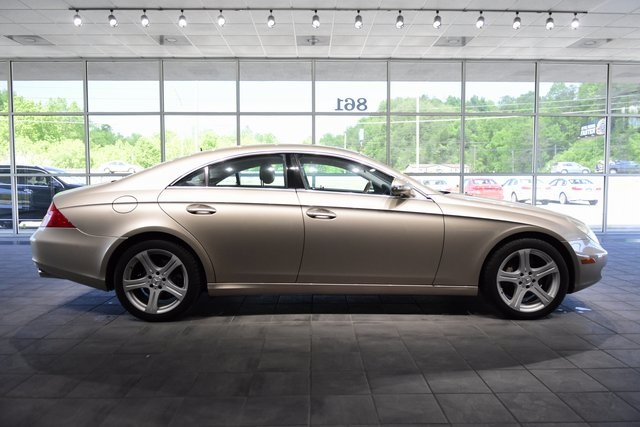 Pre-Owned 2006 Mercedes-Benz CLS CLS 500